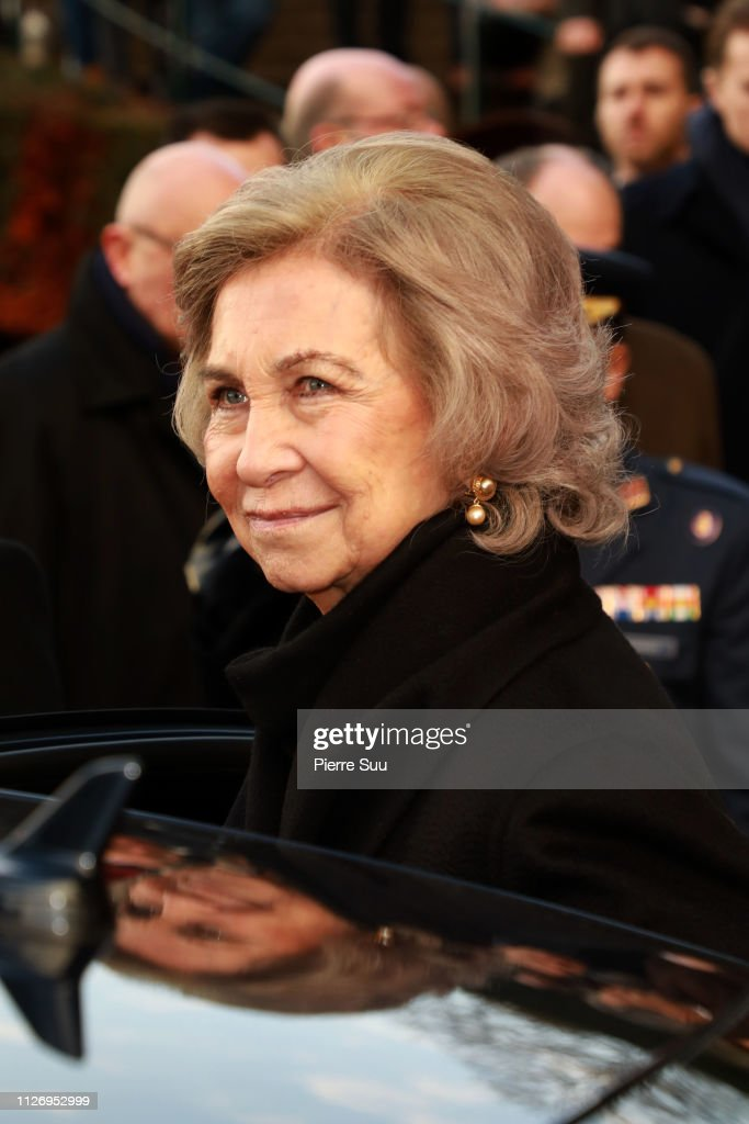 https://media.gettyimages.com/photos/queen-sofia-of-spain-attends-tthe-funeral-of-prince-henri-of-orleans-picture-id1126952999