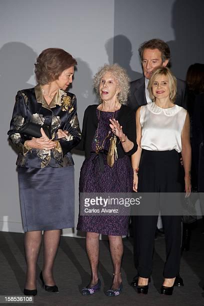Queen Sofia of Spain Duchess of Alba Cayetana FitzJames Stuart Cayetana Martinez de Irujo and Alfonso Diez attend El Legado Casa de Alba Art...
