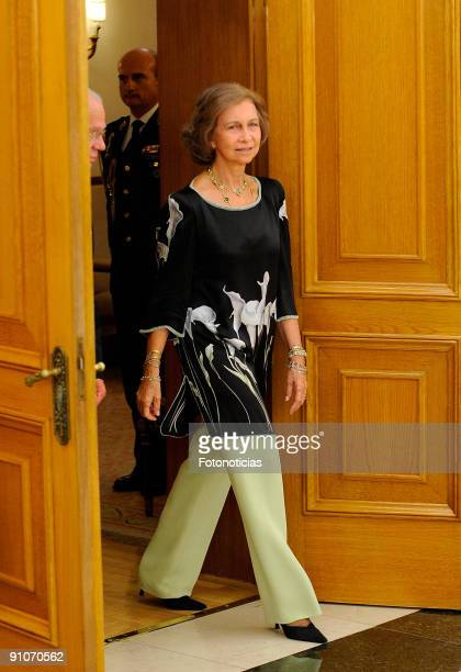 Queen Sofia of Spain greets King Carl Gustav of Sweden to the Zarzuela Palace on September 23 2009 in Madrid Spain