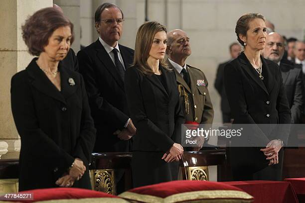 Queen Sofia of Spain Princess Letizia of Spain and Princess Elena of Spain bow their heads during the 10th Anniversary memorial service for the...