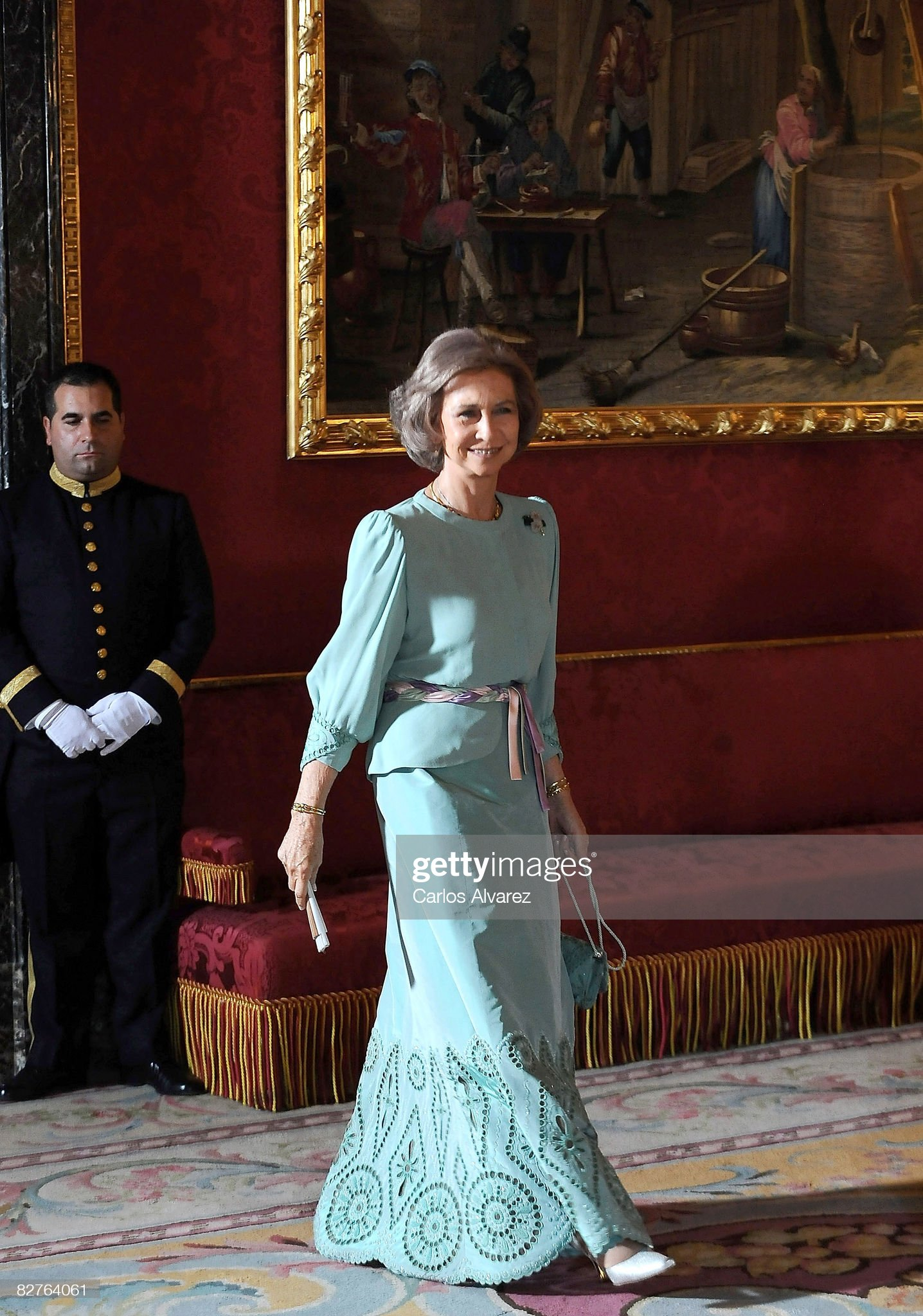 Spanish Royals Host Gala Dinner Honoring Costa Rica President : News Photo