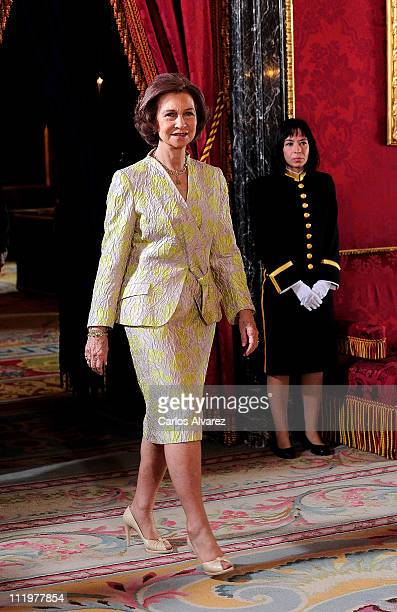 Queen Sofia of Spain recieves Colombian President Juan Manuel Santos and his wife at The Royal Palace on April 11 2011 in Madrid Spain