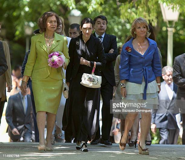 Queen Sofia of Spain Spanish Minister of Culture Angeles Gonzalez Sinde and Madrid's regional President Esperanza Aguirre attend 'Photoespana' 2011...