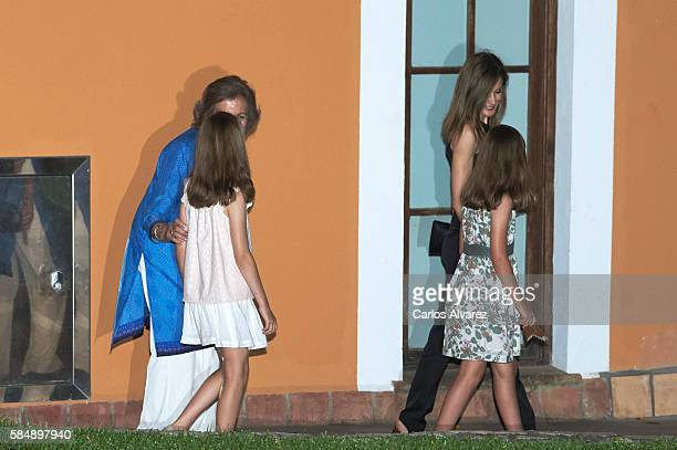 Queen Sofia Princess Leonor of Spain Queen Letizia of Spain and Princess Sofia of Spain are seen at the Flaningan Restaurante on July 31 2016 in...