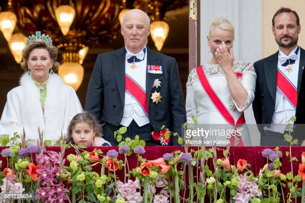 Queen Sonja King Harald Emma Tallulah Behn Crown Princess MetteMarit and Crown Prince Haakon attend the official Gala dinner at the Royal Palace on...