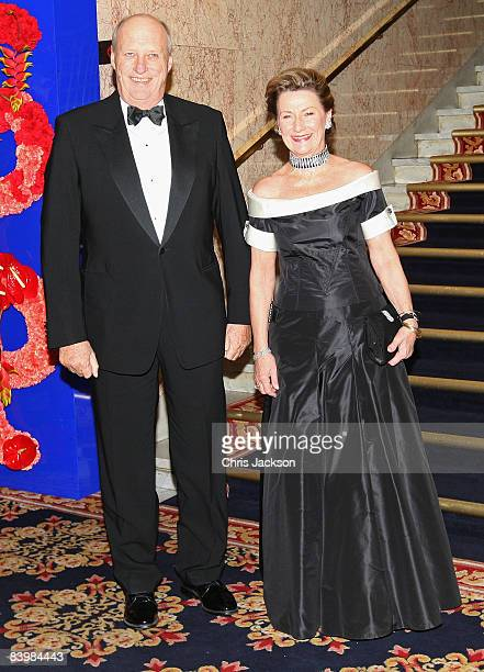 Queen Sonja of Norway and King Harald V of Norway arrive at the Norwegian Nobel Committe Banquet at the Grand Hotel on December 10, 2008 in Oslo,...