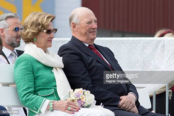 Queen Sonja of Norway and King Harald V of Norway attend festivities at the Ravnakloa fish market during the Royal Silver Jubilee Tour on June 23...