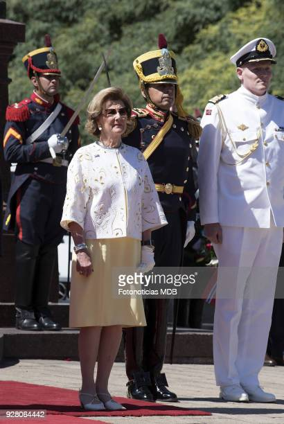 Queen Sonja of Norway attends a ceremony honouring Jose de San Martin at Plaza San Martin on March 6, 2018 in Buenos Aires, Argentina.