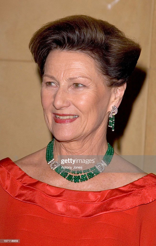 King Harald & Queen Sonja Attend A Norwegian-British Chamber Of Commerce Centenary Banquet : News Photo