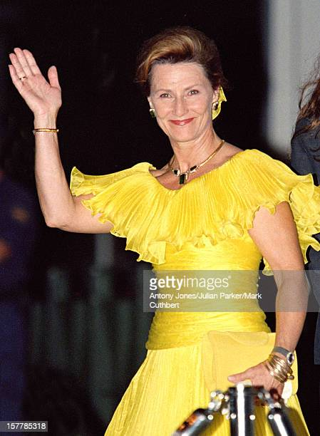Queen Sonja Of Norway Attends The Gala Dinner At The Ceno Palacio On The Eve Of The Wedding Of Infanta Cristina Of Spain And Inaki Urdangarin