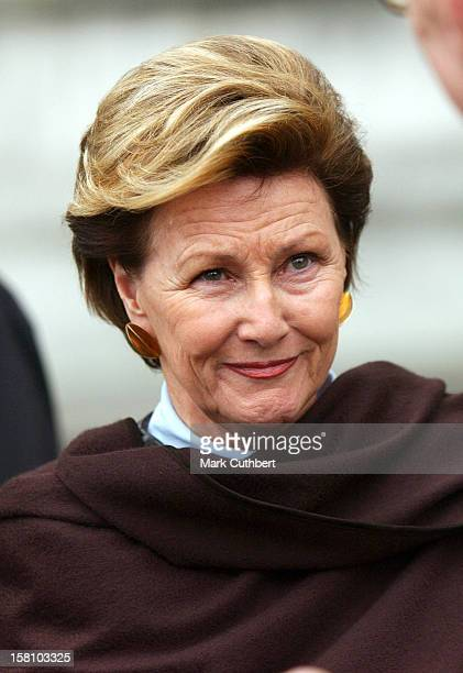 Queen Sonja Of Norway Visits The V&A Museum Preview Of Style & Splendour: Queen Maud Of Norway'S Wardrobe 1896-1938. .