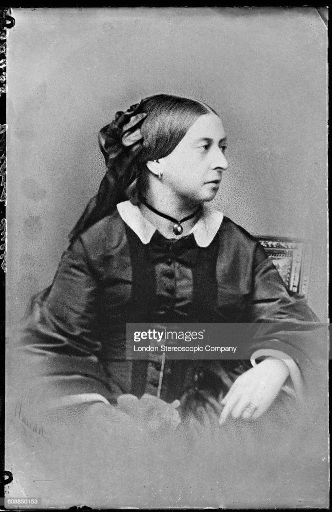 Queen Victoria By Claudet : News Photo