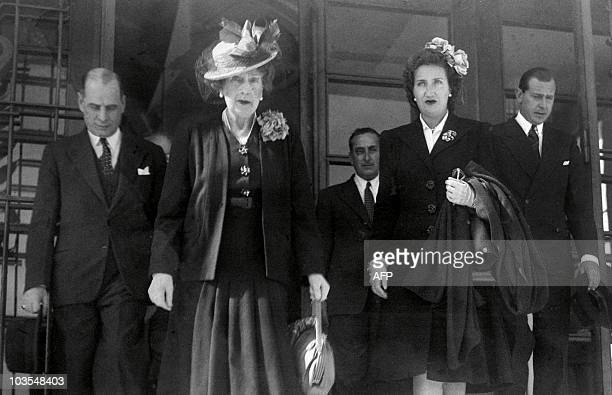 Queen Victoria of Spain Countess of Barcelona mother of current King Juan Carlos and Don Juan of Spain leave Lisbon airport in 1935 Princess Victoria...