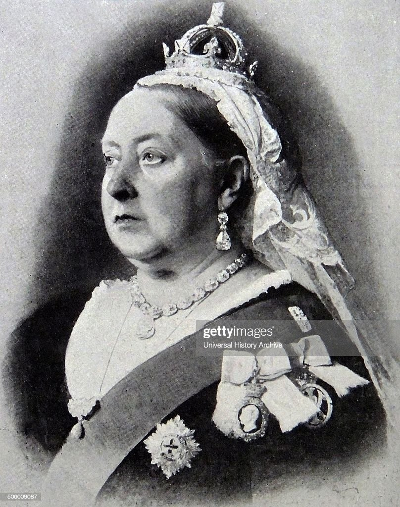 The Making of a Modern Monarchy, from Queen Victoria to Queen ...