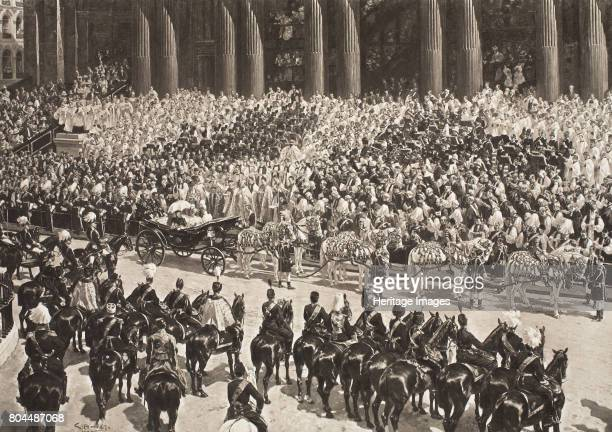 Queen Victoria's Diamond Jubilee London 22 June 1897 Crowds watching the procession celebrating Queen Victoria's 60 years on the throne From The...