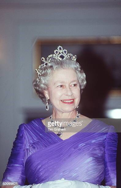 Queen Wearing The King George Vi Victorian Suite Of Diamonds And Sapphires At A Banquet For The President Of France On The Royal Yacht Britannia In...