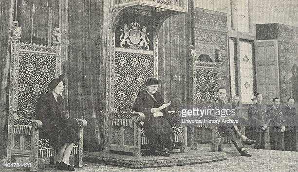 Queen Wilhelmina addressing Dutch Parliament