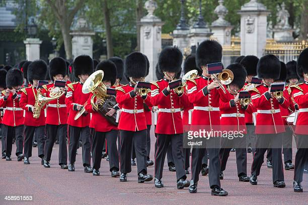 queens guard marching band - honor guard stock pictures, royalty-free photos & images