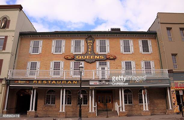 queen's hotel in barrie - barrie stock pictures, royalty-free photos & images