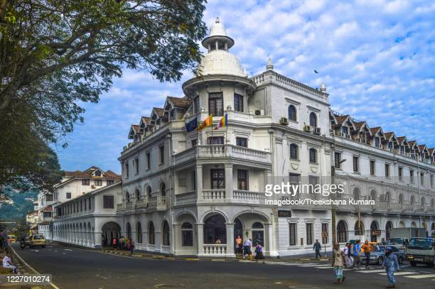 queen's hotel, kandy, sri lanka. - imagebook stock pictures, royalty-free photos & images