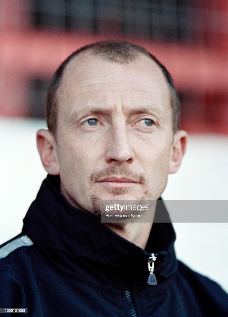 Brentford v Queens Park Rangers - Nationwide Football League Division Two : News Photo