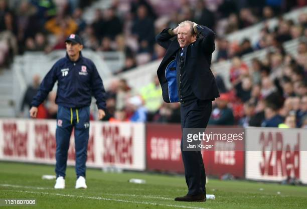 Queens Park Rangers manager Steve McClaren reacts during the Sky Bet Championship match between Middlesbrough and Queens Park Rangers at Riverside...