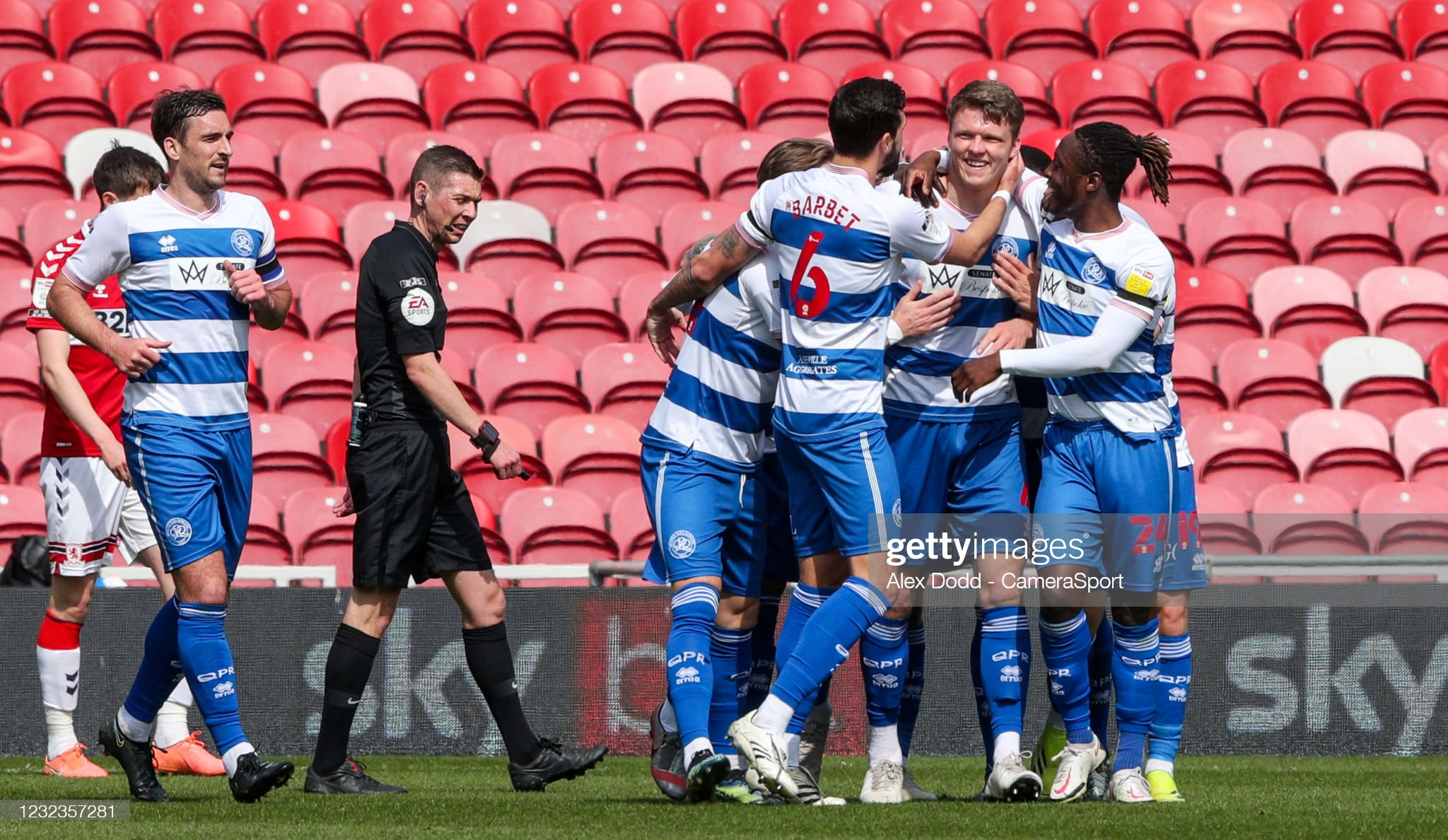 Ten-man QPR hold off Boro to seal victory