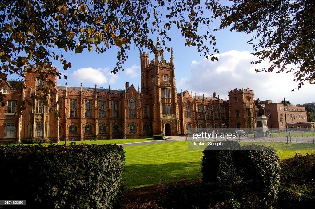 Queen's University, Belfast : Stock Photo