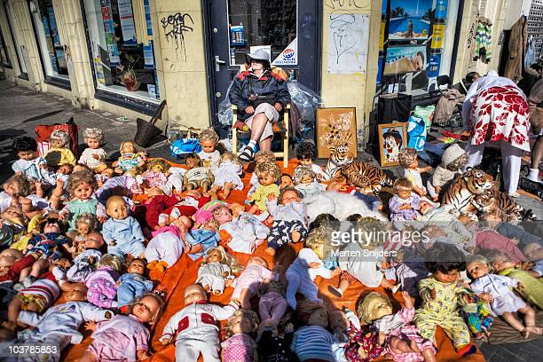 Queensday freemarket puppet sales.