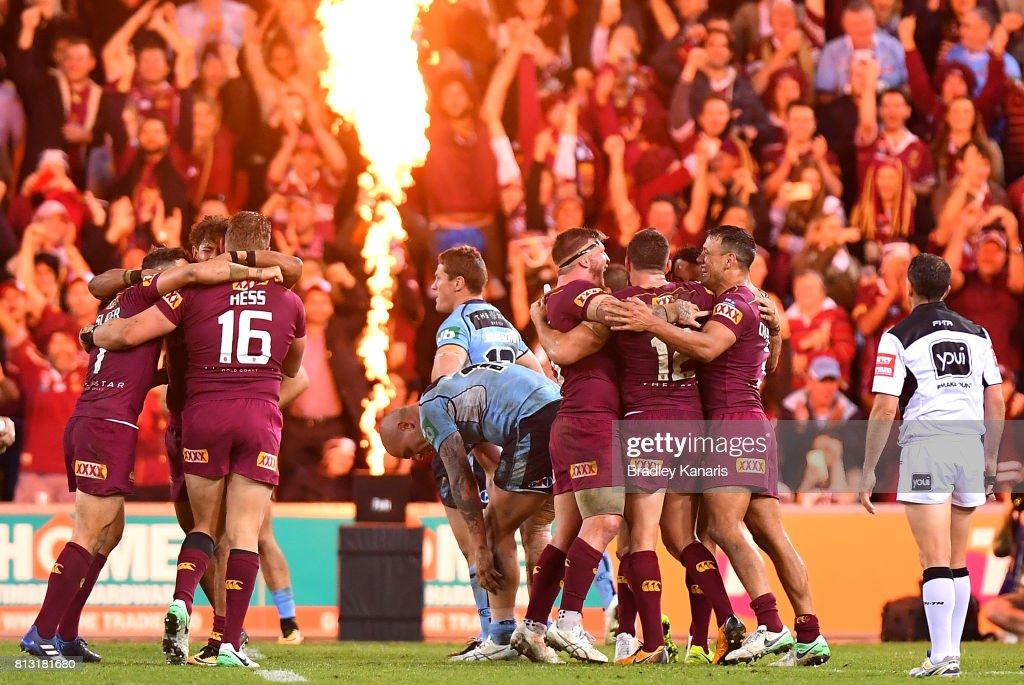 Queensland celebrate victory after game three of the State Of Origin series between the Queensland Maroons and the New South Wales Blues at Suncorp Stadium on July 12, 2017 in Brisbane, Australia.