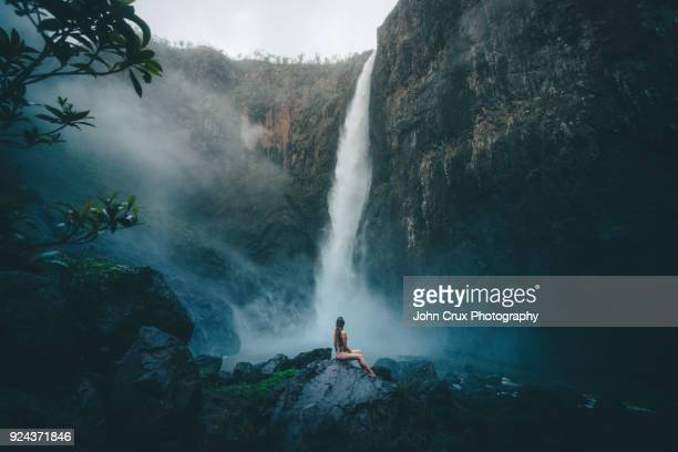 queensland waterfall model - queensland stock pictures, royalty-free photos & images