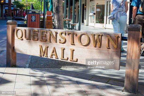 Queenstown Mall of Queenstown in the Remarkable Mountains of New Zealand