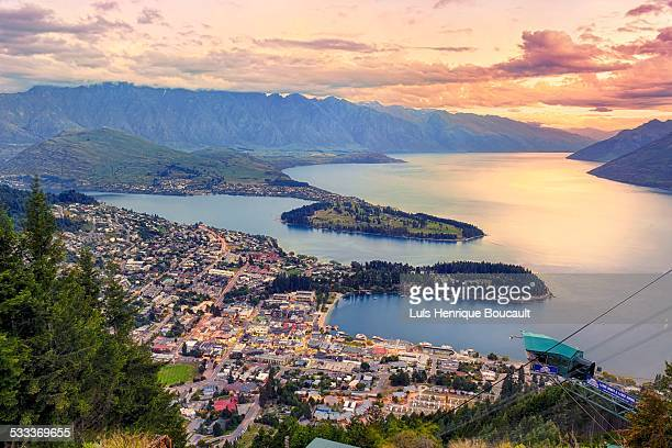 queenstown & sunset - queenstown stock pictures, royalty-free photos & images