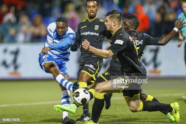 Queensy Menig of PEC Zwolle Mukhtar Ali of Vitesse Arnhem Matthew Miazga of Vitesse Arnhemduring the Dutch Eredivisie match between PEC Zwolle and...
