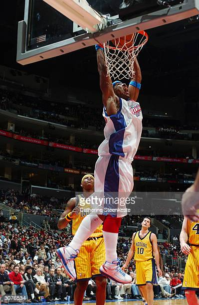 998c26b944f8c4 Quentin Richardson of the Los Angeles Clippers dunks the ball during the  game against the Indiana