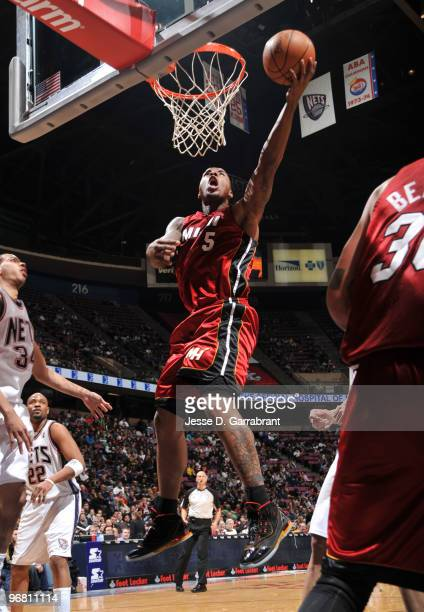 Quentin Richardson of the Miami Heat shoots against the New Jersey Nets during the game on February 17 2010 at the Izod Center in East Rutherford New...