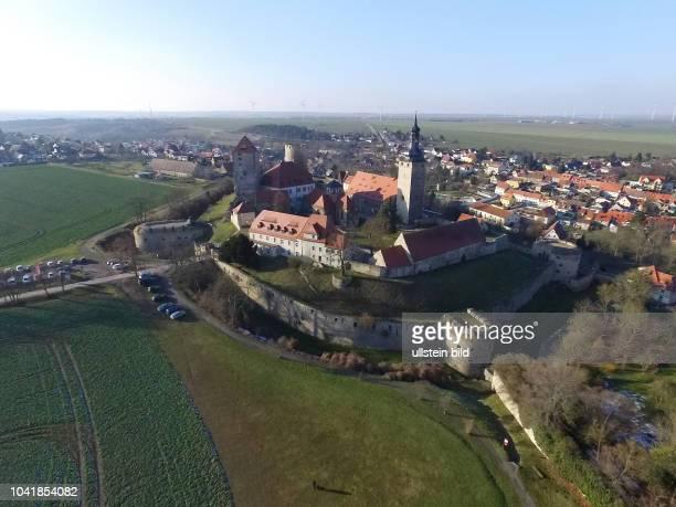 Querfurt Burg Querfurt Straße der Romanik Saalekreis SachsenAnhalt Filmburg Die Höhenburg gehört zu den größten mittelalterlichen Burgen in ganz...