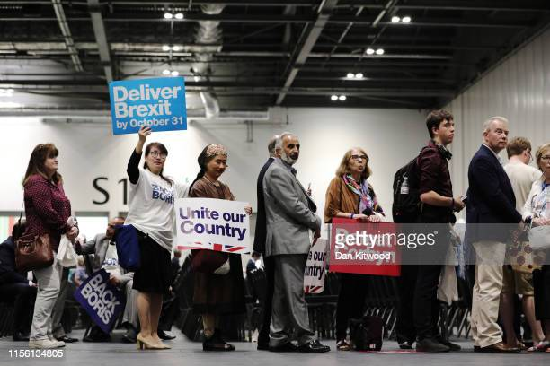 A queue forms to attend the final hustings of the Conservative leadership campaign at ExCeL London on July 17 2019 in London England Boris Johnson...