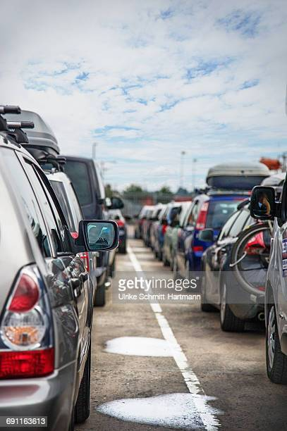 Queues of cars on lanes