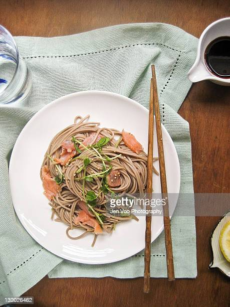 Quick and healthy soba noodles with smoked salmon