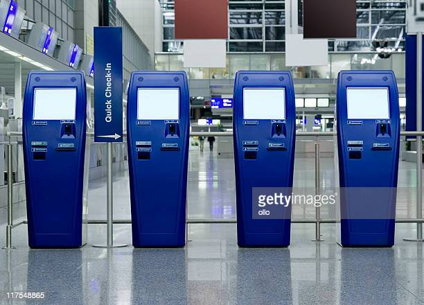 quick check-in counters at the airport - frankfurt international airport stock pictures, royalty-free photos & images