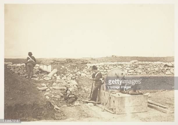 Quiet Day in the Mortar Battery, 1855. A work made of salted paper print, from the album 'photographic pictures of the seat of war in the crimea' ....