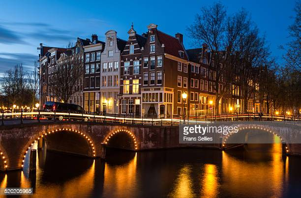 quiet evening in amsterdam - frans sellies stockfoto's en -beelden