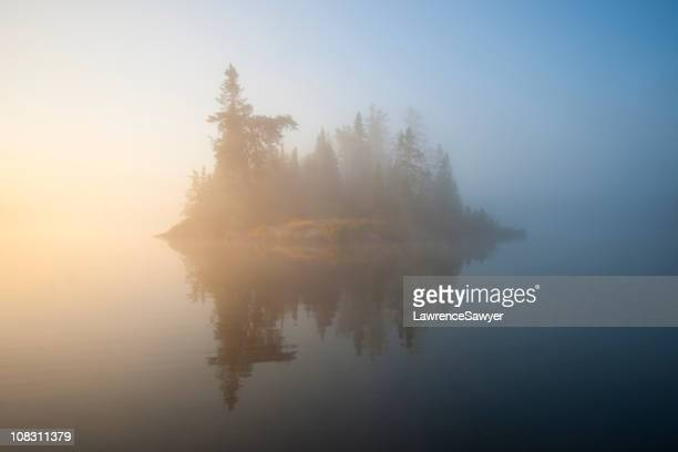 quiet morning, small island, boundary waters canoe area - boundary waters canoe area stock pictures, royalty-free photos & images