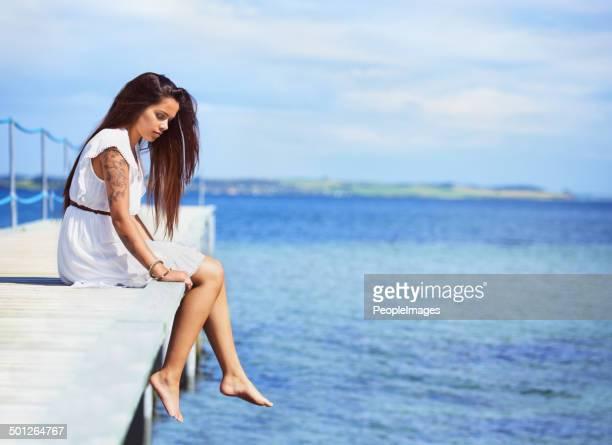 Reflejos tranquila junto al mar
