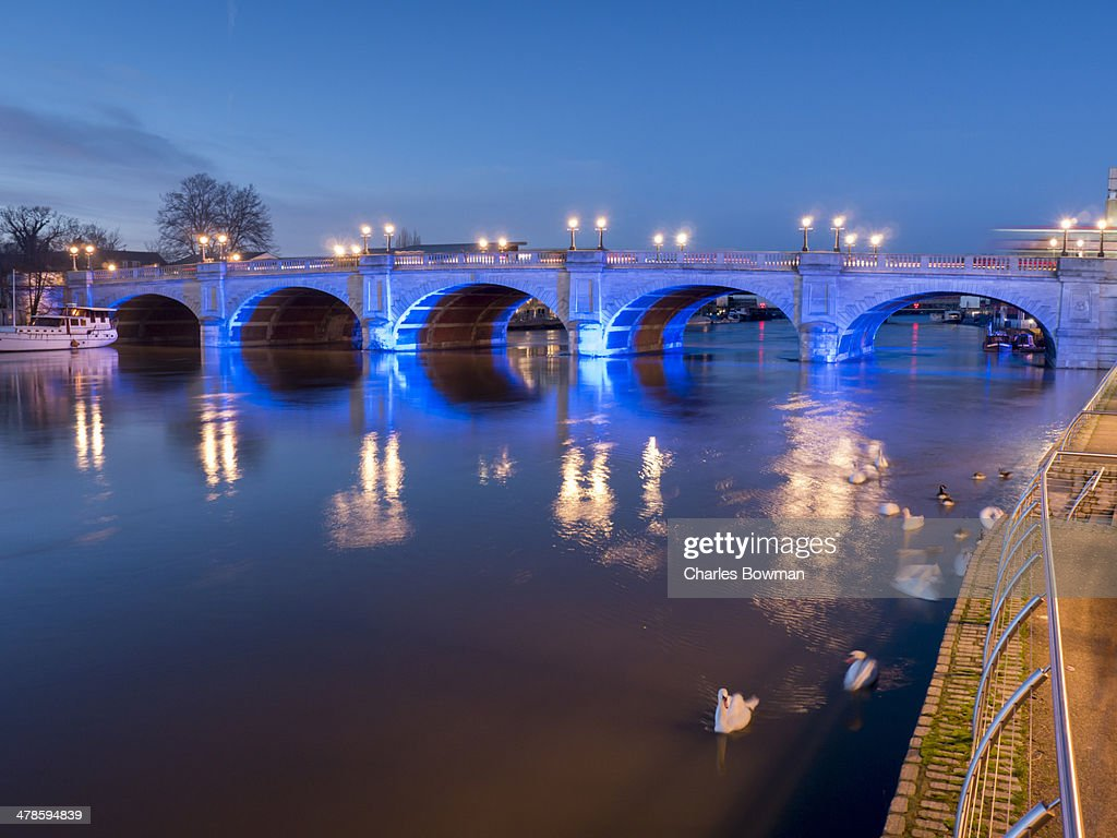 Quiet scene by riverside at Kingston upon Thames : Stock Photo