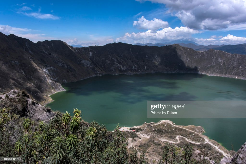 quilotoa caldera lake ecuador ニュース写真 getty images