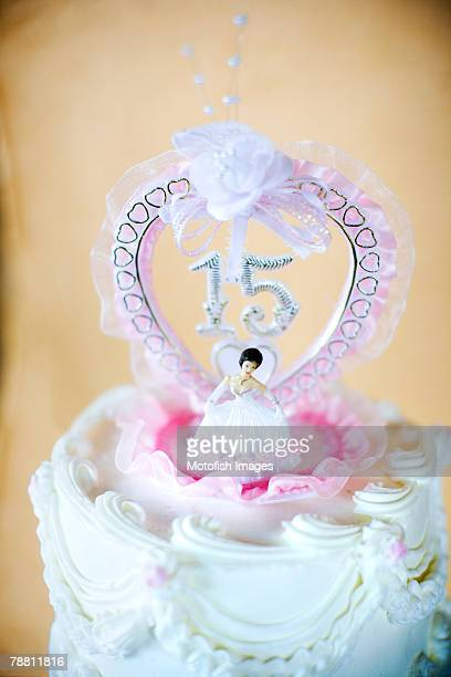 quinceanera cake topper - quinceanera stock pictures, royalty-free photos & images