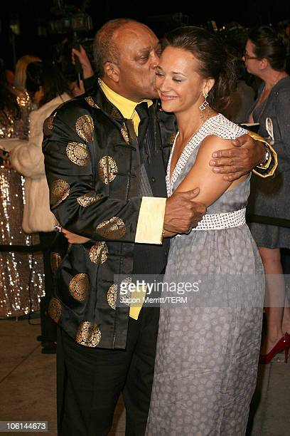Quincy Jones and daughter Rashida Jones during 2007 Vanity Fair Oscar Party Hosted by Graydon Carter at Mortons in West Hollywood California United...