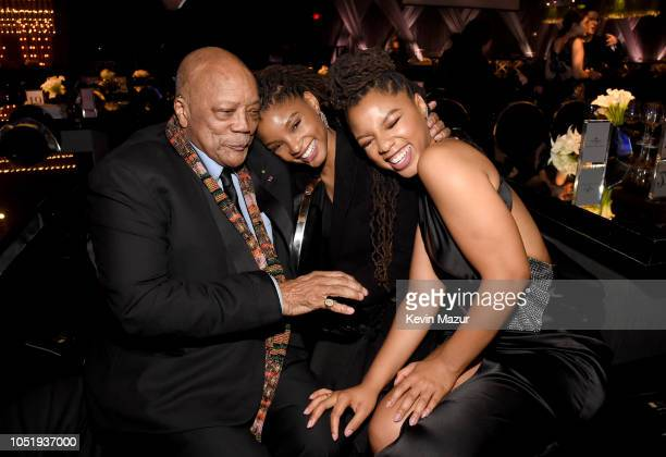 Quincy Jones Chloe Bailey and Halle Bailey of Chloe X Halle attend the City of Hope Spirit of Life Gala 2018 at Barker Hangar on October 11 2018 in...